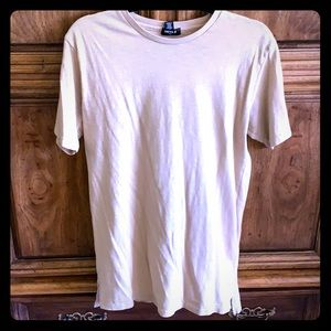 👕 Forever 21 long tee style shirt